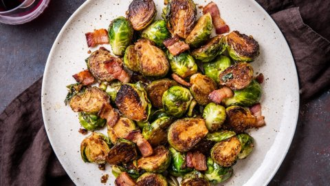 Keto Maple Bacon Brussels Sprouts Recipe